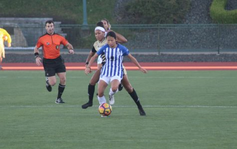 Women's Soccer Remains Perfect In NEC Play