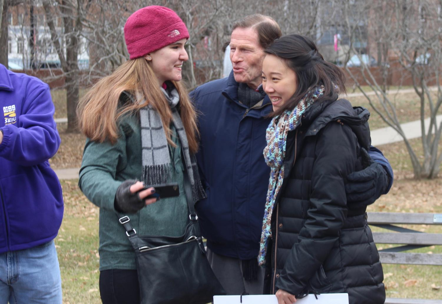 Politicians+like+Representative+Richard+Blumenthal+came+to+support+the+Hartford+Women%27s+March.