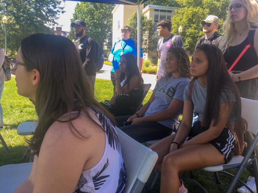 The demonstration drew a crowd of students of mixed majors.