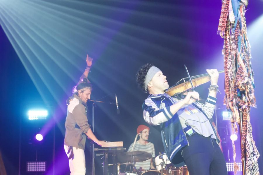Fall Concert MAGIC GIANT