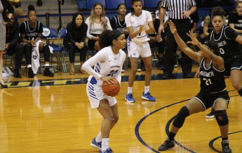 Women's Basketball Wins Close Game To Earn First Conference Victory