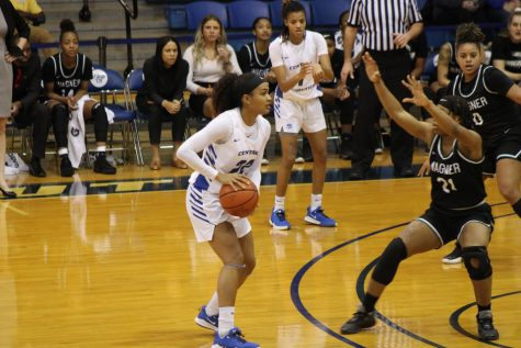 Second Half Collapse Leads To Losses For Basketball